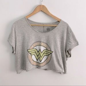 Cropped Oversized Wonder Woman Tee (Cozy, M-L)